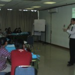 TIPS FOR TRAINER :  Merespon Pertanyaan Trainee